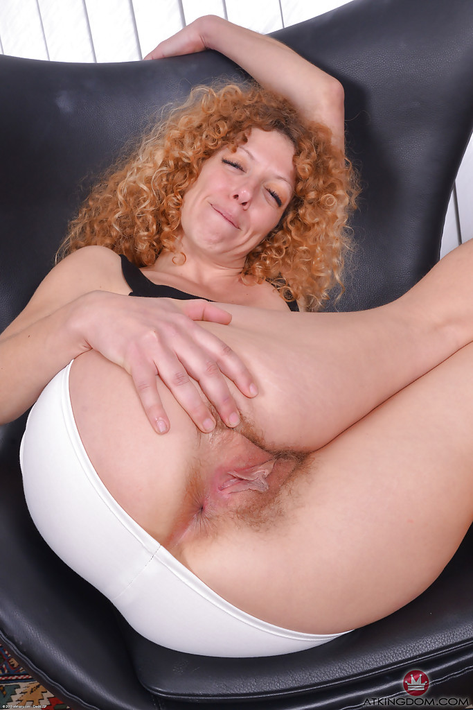 Mature red haired haiy pussy pics